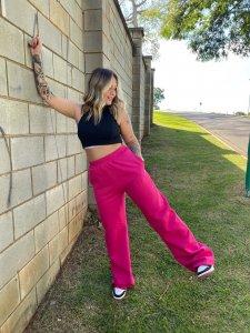 Wide Leg Moletom Pink Barbie-4